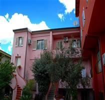 B&B Ciro's House
